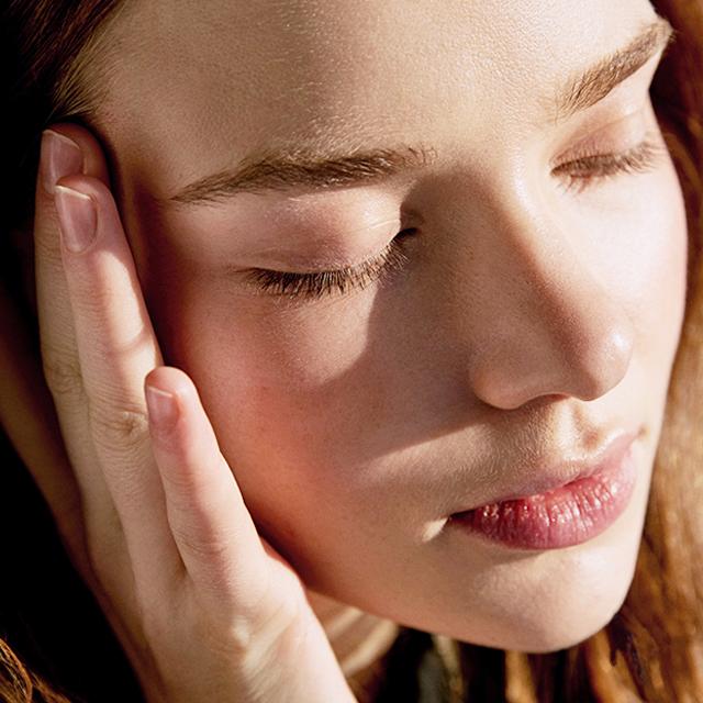 Eye momentum, Maria Galland. Tratamiento contorno de ojos